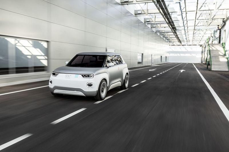 TOP GEAR И AUTOBILD SPAIN ОТМЕТИЛИ 120-ЛЕТНИЙ ЮБИЛЕЙ FIAT